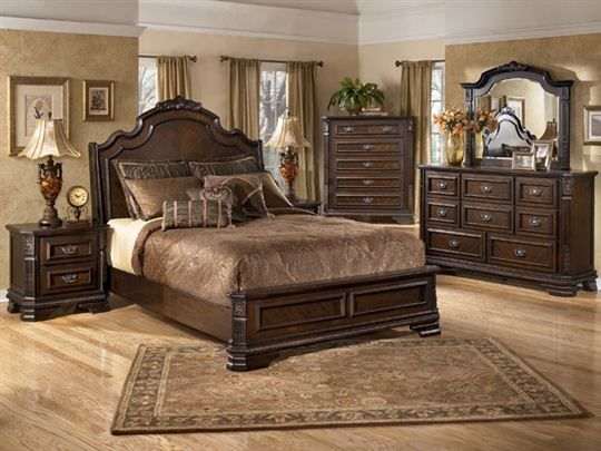 Hardinsburg Sleigh Bedroom Set By Ashley Furniture I Like The Low Footboard With Carved Details