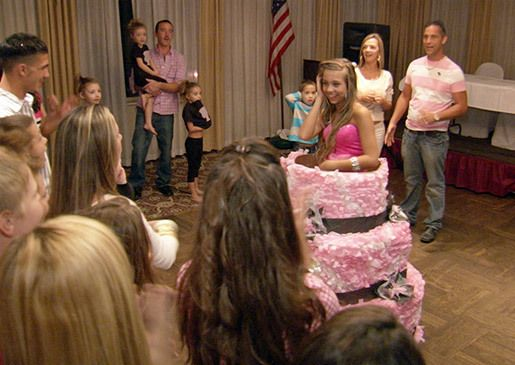 Gypsy Sisters TV Show | danielle pops out of a giant birthday cake at her party