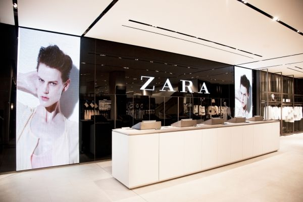 Zara New York Store Design Boutique Retail Store Interior Design Store Design Interior