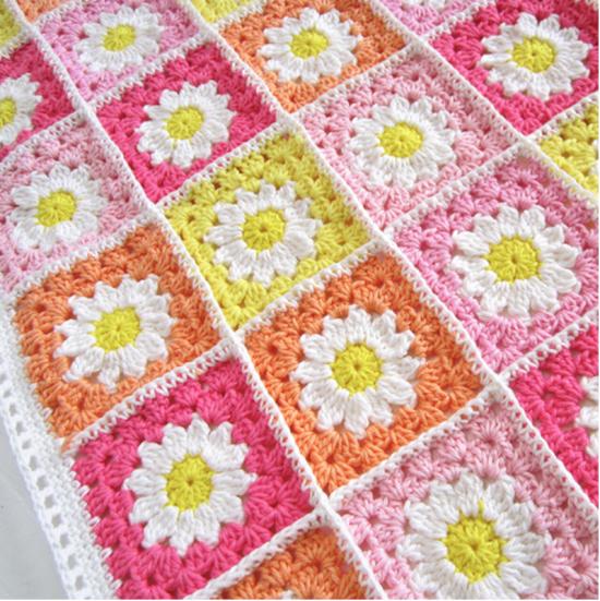 Knitting Granny Square Blanket : Crochet daisy granny square blanket free pattern