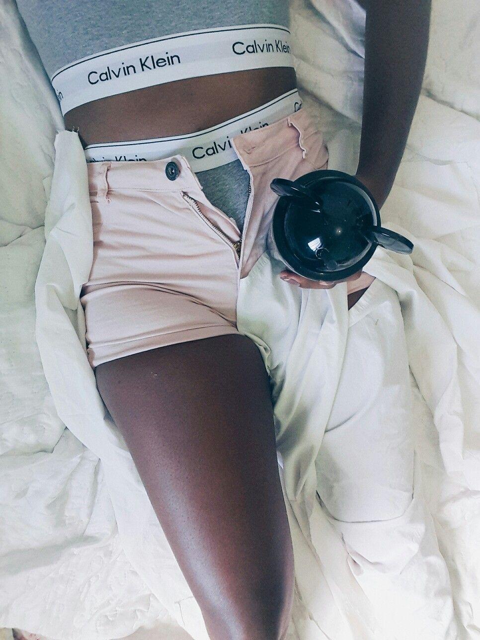 foto  CK  CalvinKlein  copo  tumblr  inspiração  short  negra ... 7498c06ece