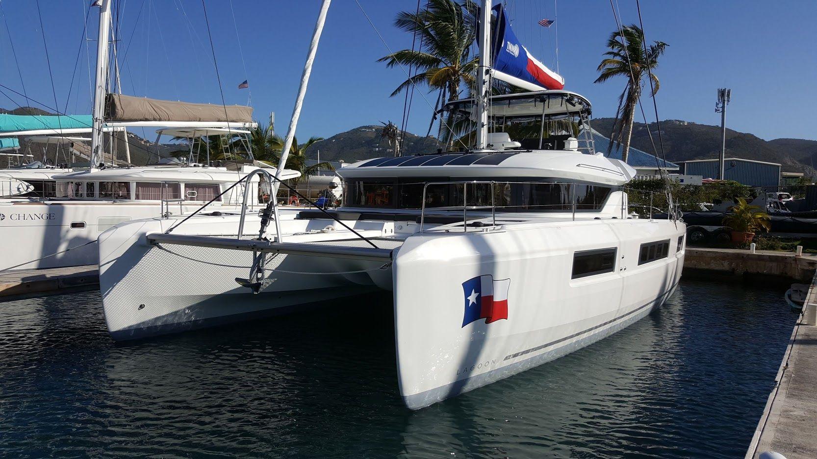 LONE STAR LAGOON - 6 CABIN 50' Catamaran for Charter in BVI