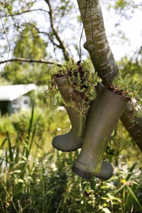 gartendekoration hängende blumentöpfe-regenstiefel upcycling ... - Gartendekoration