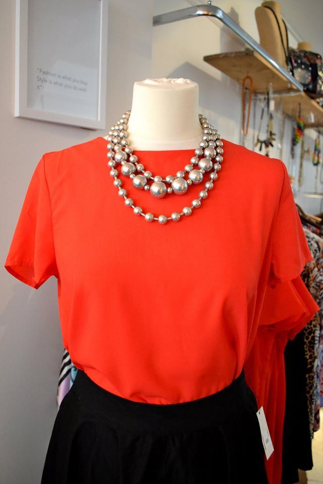 Gorgeous Red Tail top! We Love x