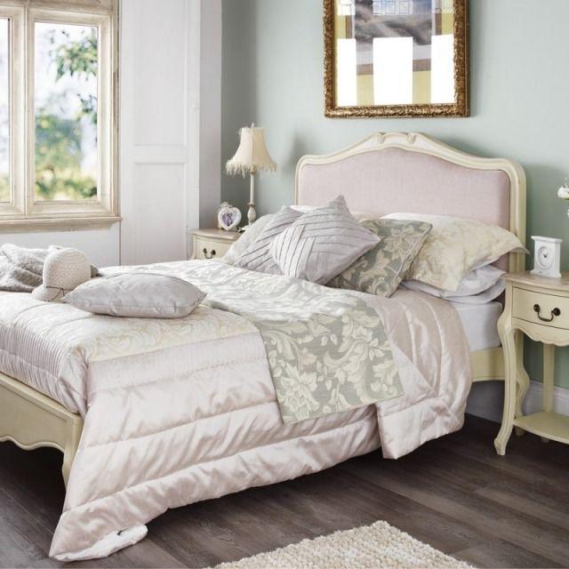 schlafzimmer gestaltung shabby chic vintage m bel helle farben bento meubles shabby chic. Black Bedroom Furniture Sets. Home Design Ideas