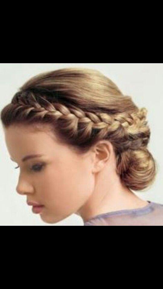 Simple but beautiful | Greek hair, Goddess hairstyles ...