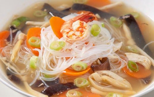 Resep Sup Kimlo Yuk Kita Simak Rahasia Cara Membuat Resep Sup Kimlo Daging Ayam Khas Solo Yang Super Enak Dis Resep Sup Resep Masakan Indonesia Resep Makanan