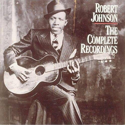 08/05/1911 | Hoje é o 104º aniversário do responsável pelo indie, hard, heavy ou o blues que você ouve. Robert Johnson deu o caminho das pedras. Chuck Berry tem muito crédito por isso, mas sem dúvidas que Robert Johnson iniciou tudo, lá em 1937.