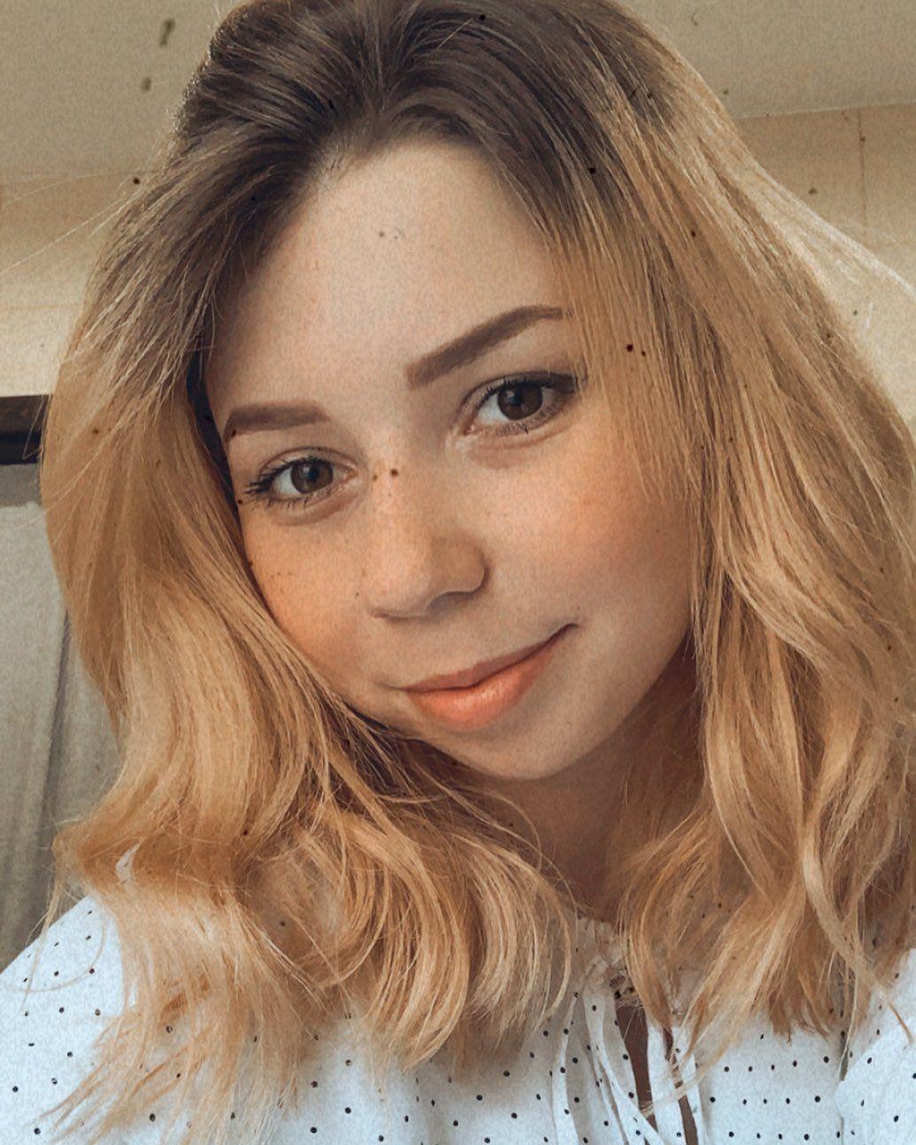 #smile #polishgirl #polskadziewczyna #blonde #shorthair 😊
