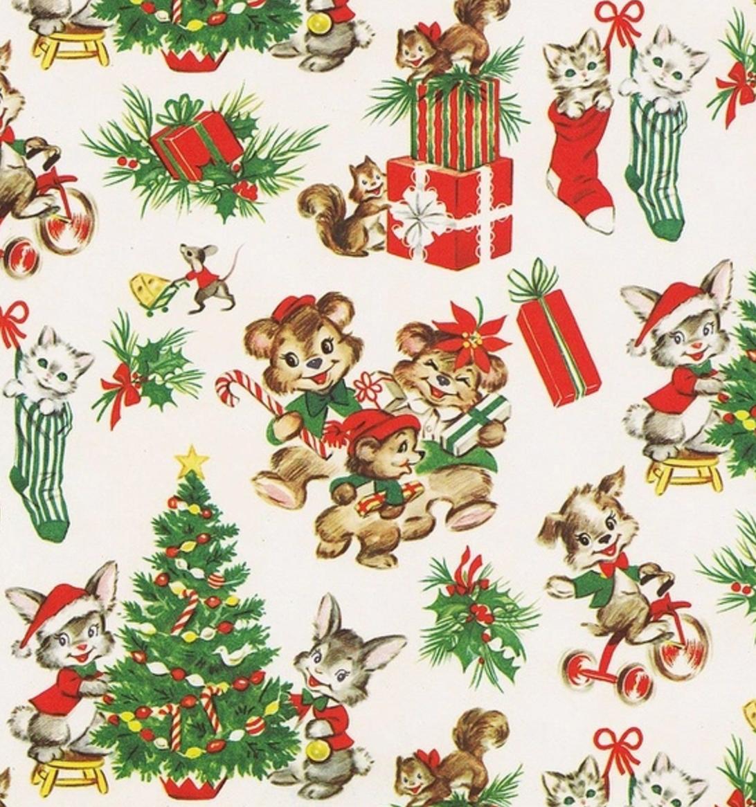 Vintage Gift Wrap. Retro Gift Wrap. Christmas Bears.