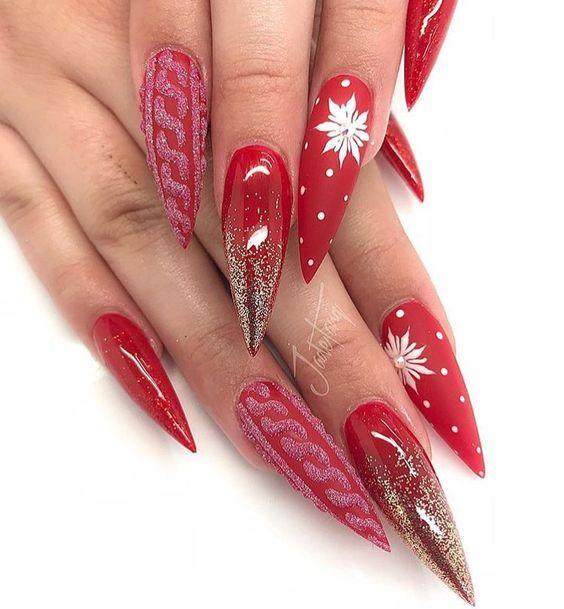 36 Beautiful And Stylish Christmas Stiletto Nail Art Designs Christmas Nail Art Design Christmas Nail Art Desi Valentines Nails Xmas Nails Red Stiletto Nails