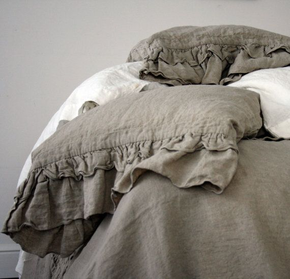 LINEN DUVET COVER. Rustic style ruffled duvet cover and by mooshop