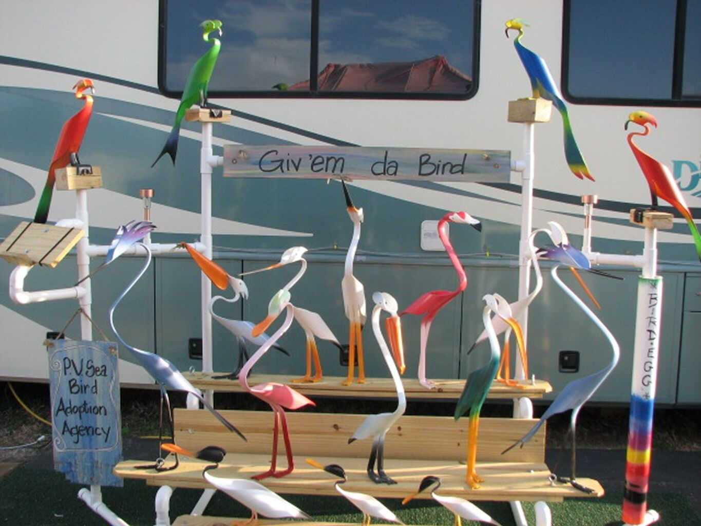 Pvc seabirds made from 1 piece of pvc pipe pvc pipe for Pvc pipe art ideas