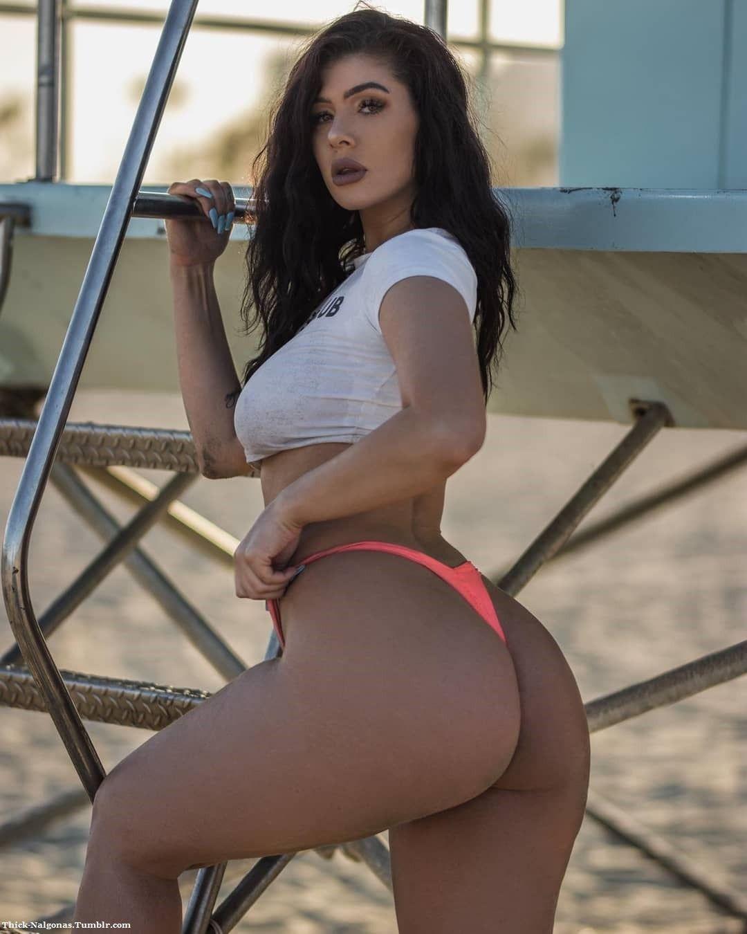 hot mamacitas