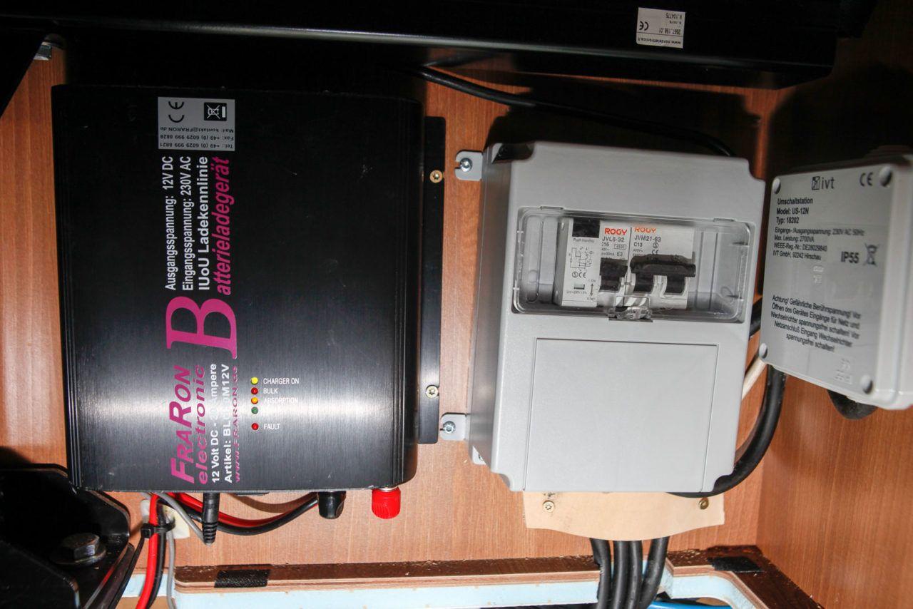 sicherung zwischen ladegerät und batterie