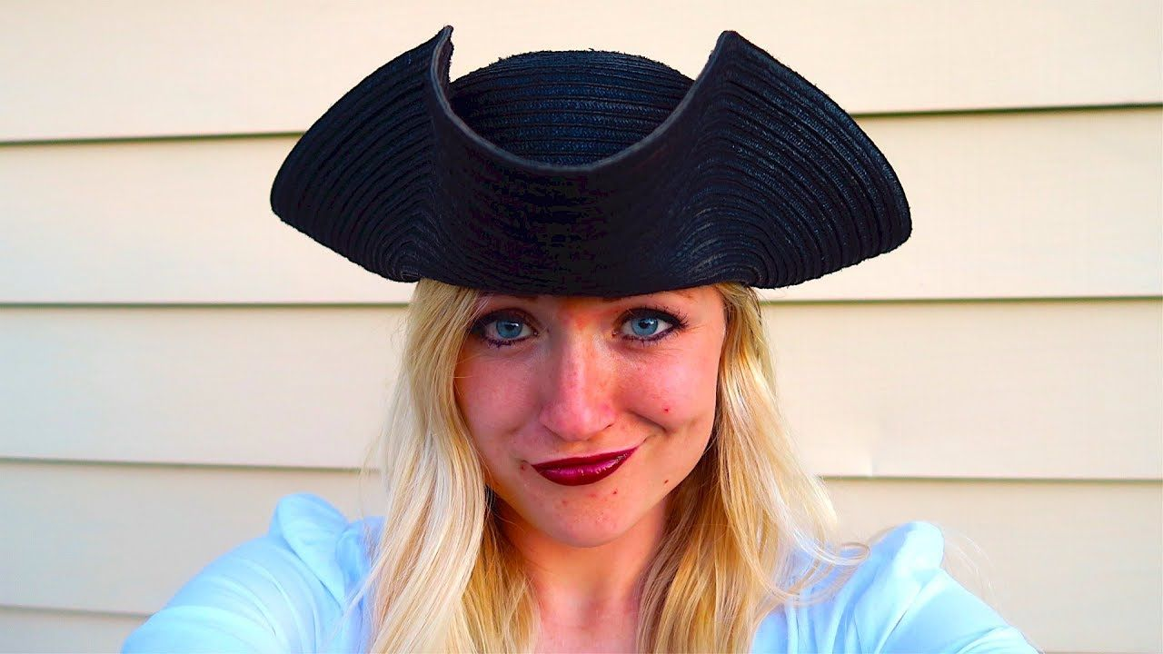 How to make a pirate hat pirate hats pirate costume