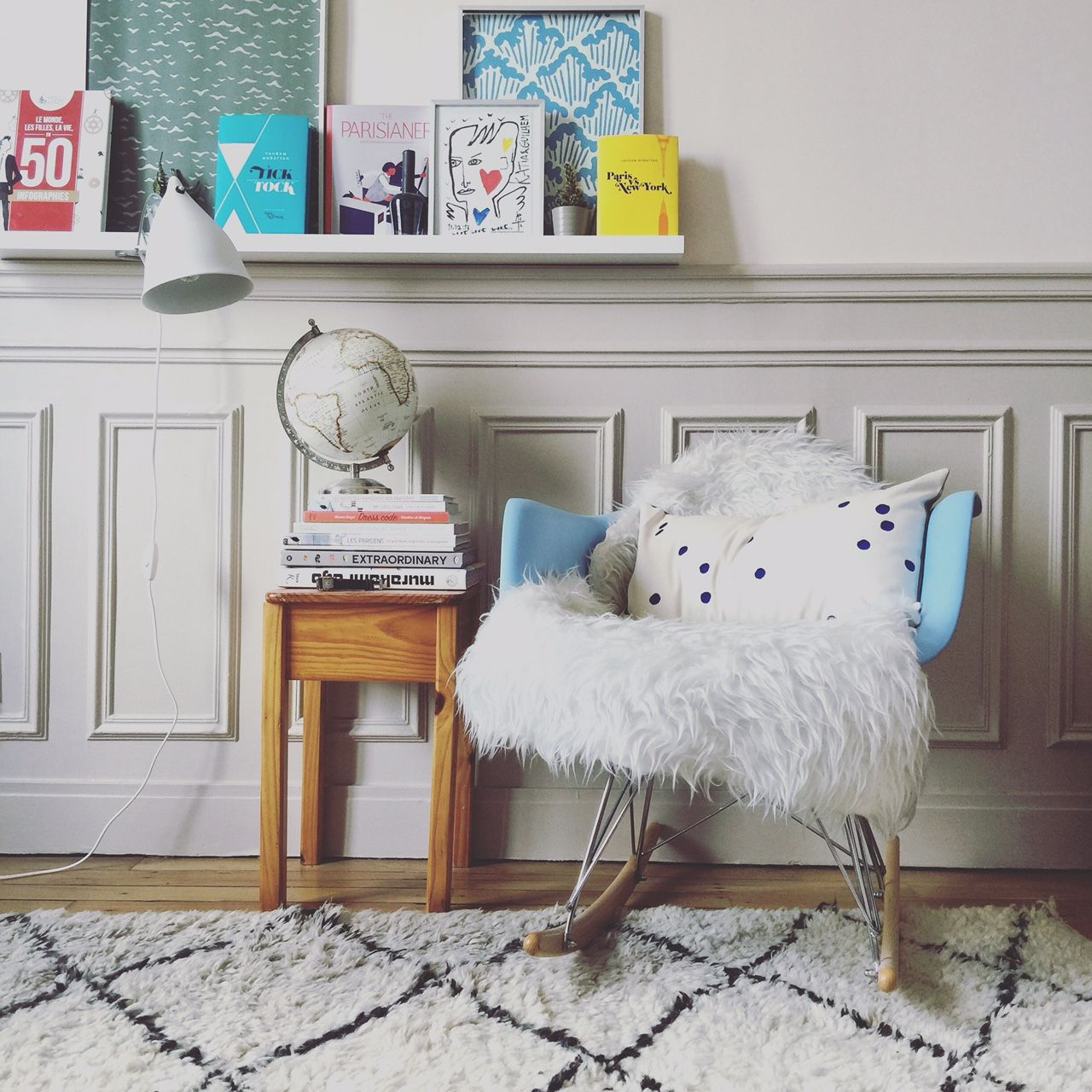 Peau De Mouton Grise Ikea tapis kilim, coussin la cerise sur le gâteau, peau de mouton