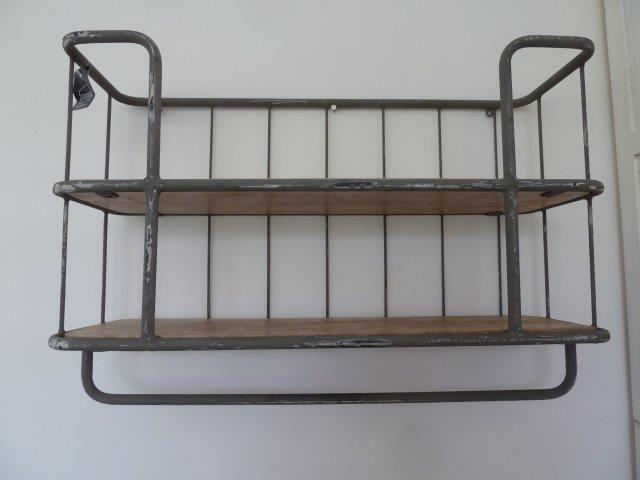 Bakkersrek metaal met 2 houten legborden woonkamer pinterest keuken rekken en planken - Houten keuken en metaal ...
