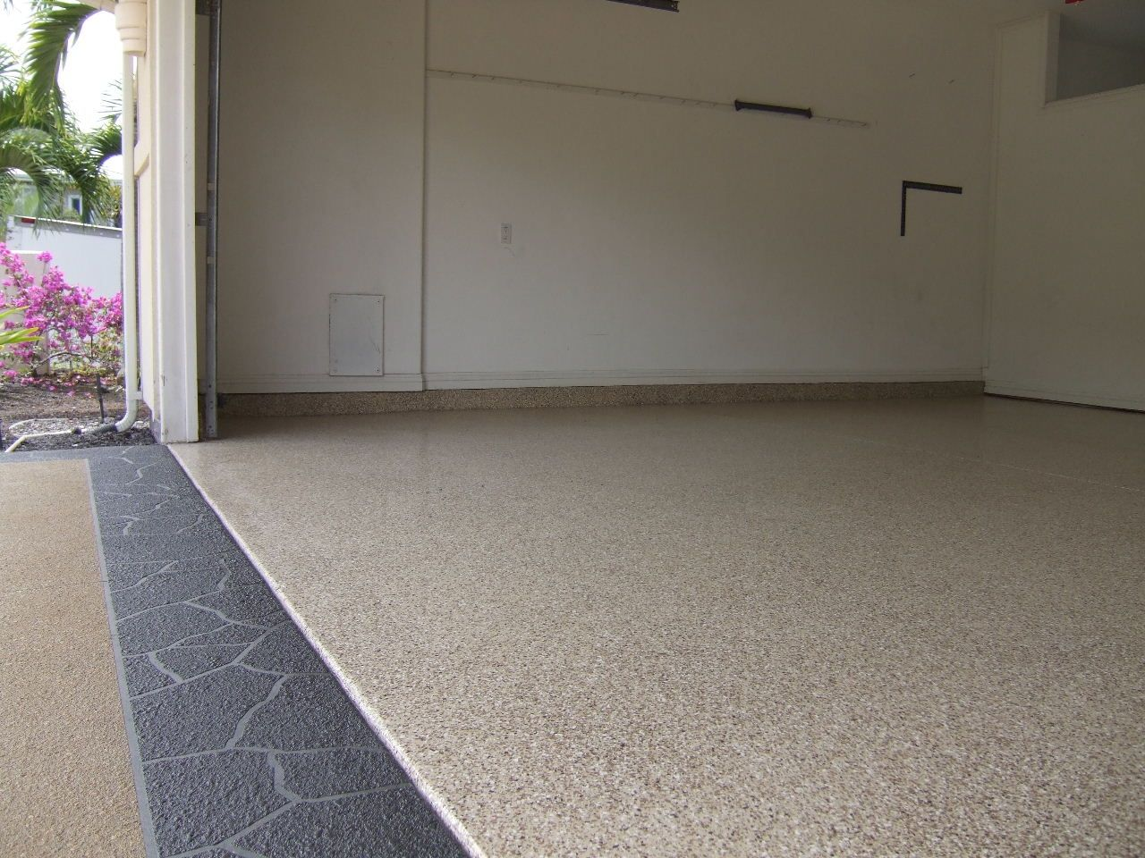 Pin By Concrete Technology Inc On Concrete Garage Floors Transformed With Cti S Durafleck 5000 Concrete Floors Concrete Concrete Garages