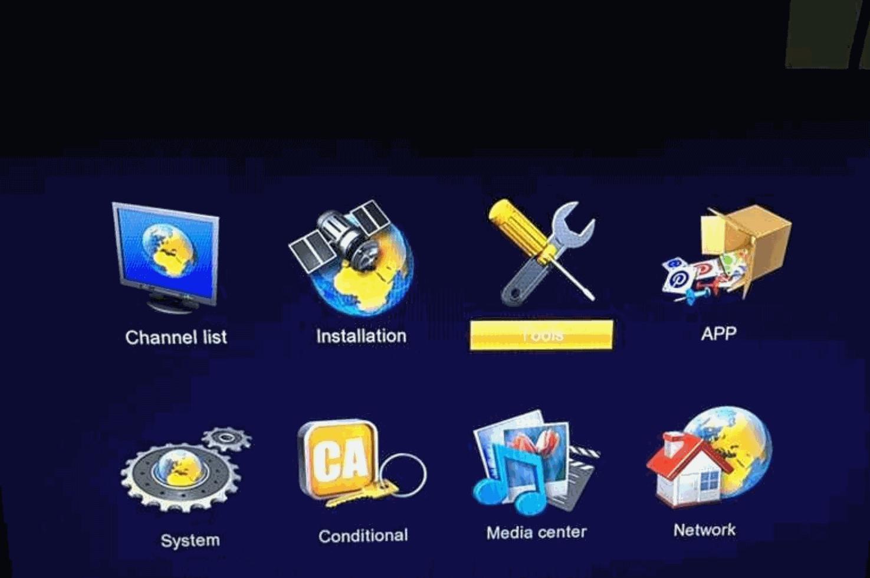 Hellobox V5 Plus Receiver Review: FTA, Free IPTV, PowerVU