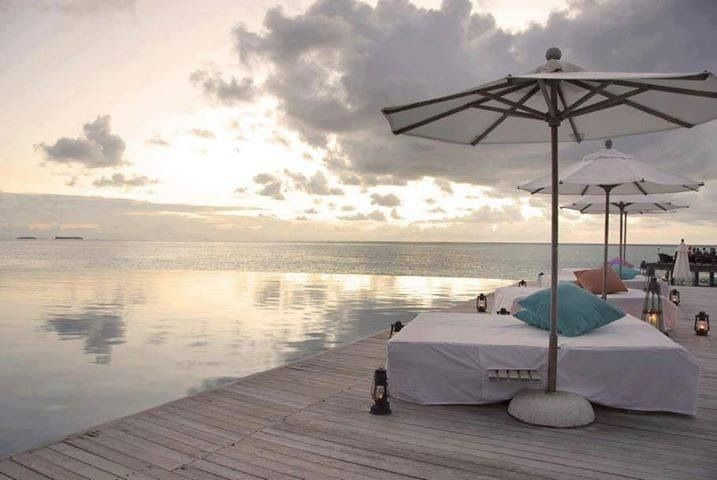 Terrasse am Wasser