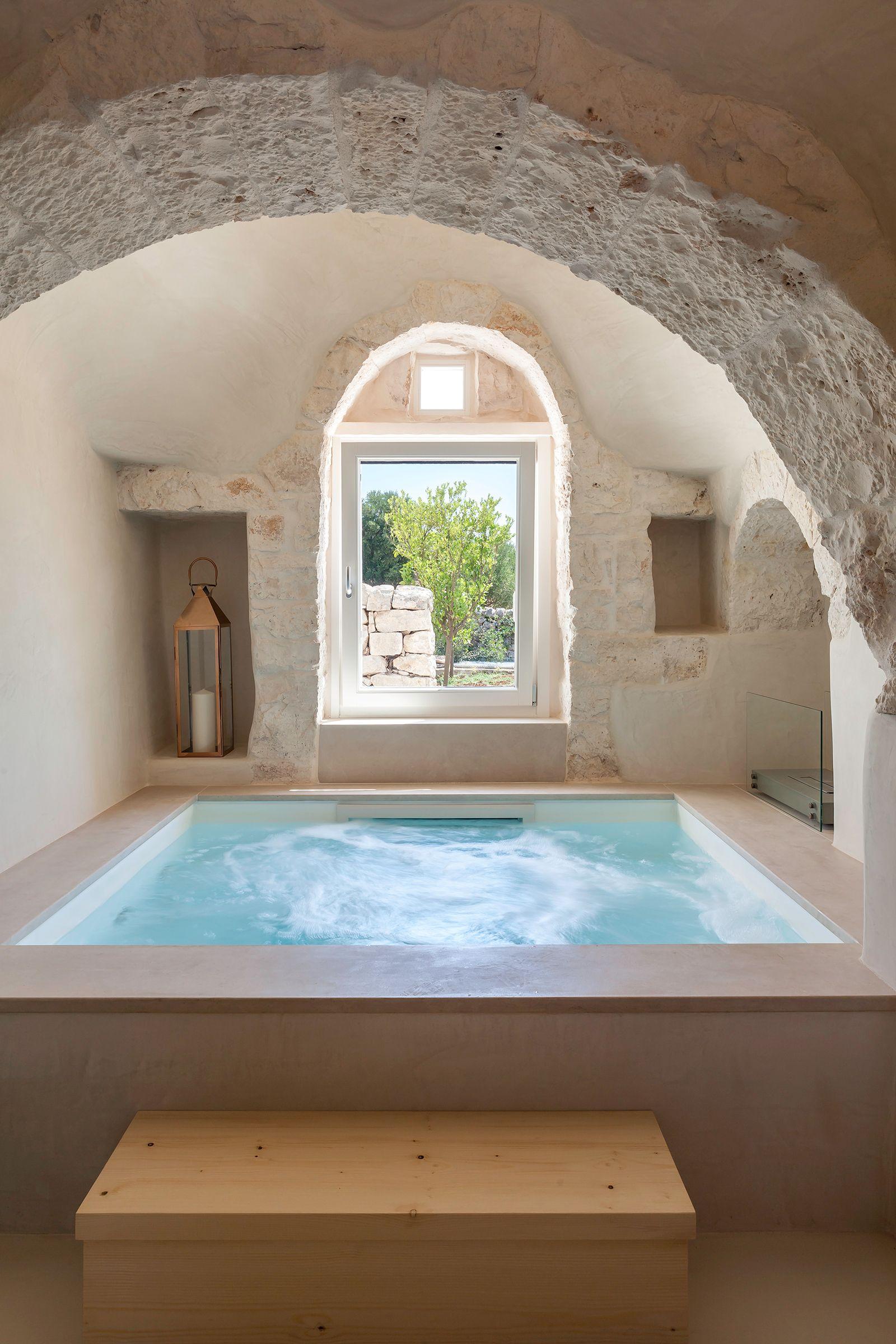 #puglia #apulia #italy  #architecture #archilovers #design #interiordesign #interiorinspo #interiorinspiration #architecturelovers #homedecor #style #designer #homedesign #lifestyle #bathroom