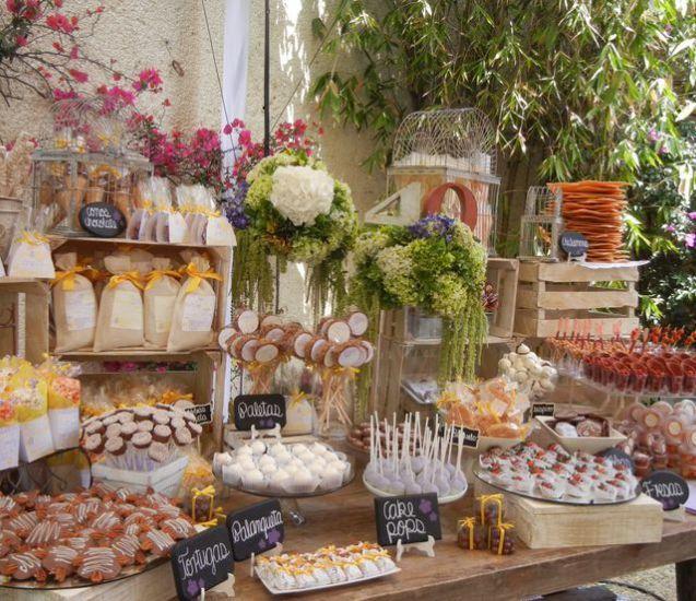 Mesas de dulces usando cajas de madera festivos y eventos pinterest caja de madera mesa - Mesas con cajas de madera ...