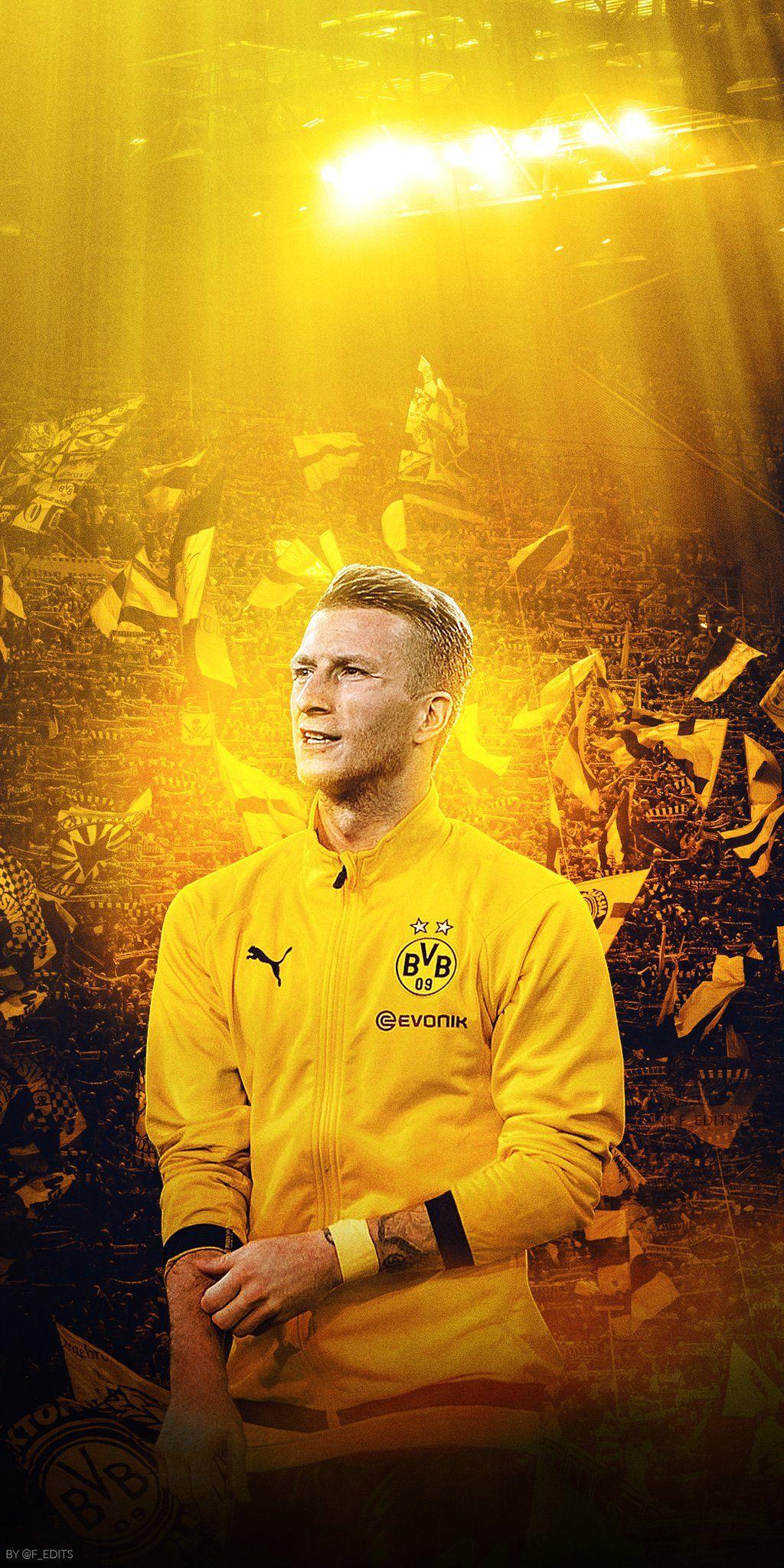 Borussia Dortmund On Twitter Hot Football Fans Football Wallpaper Soccer Players