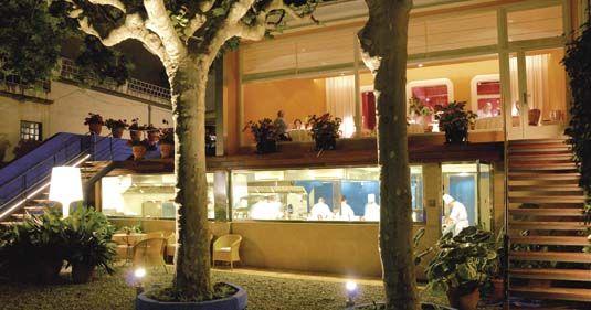Iluminación terraza restaurante Sant Pau