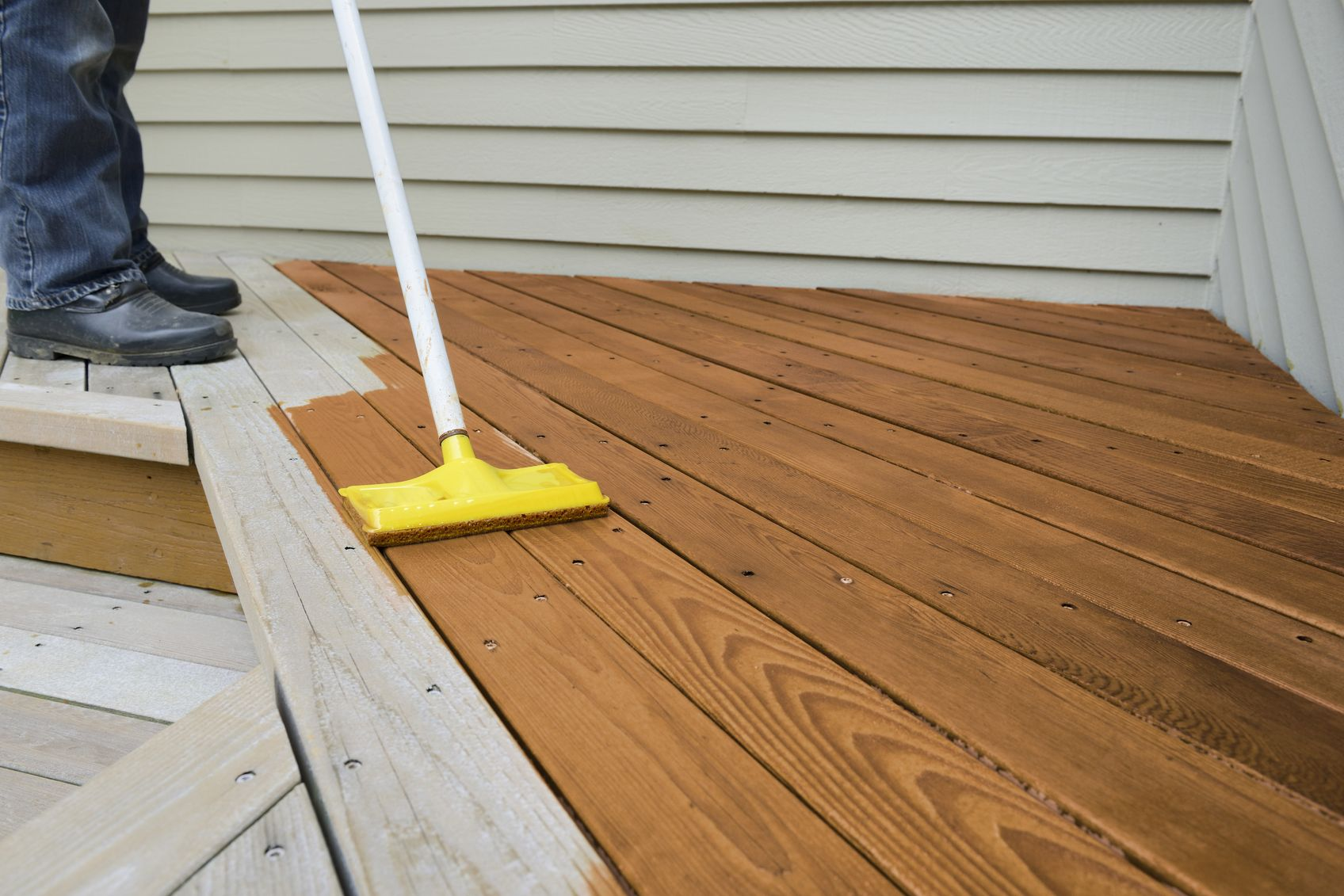 10 Best Rated Deck Stains Lovetoknow Wood Deck Stain Best