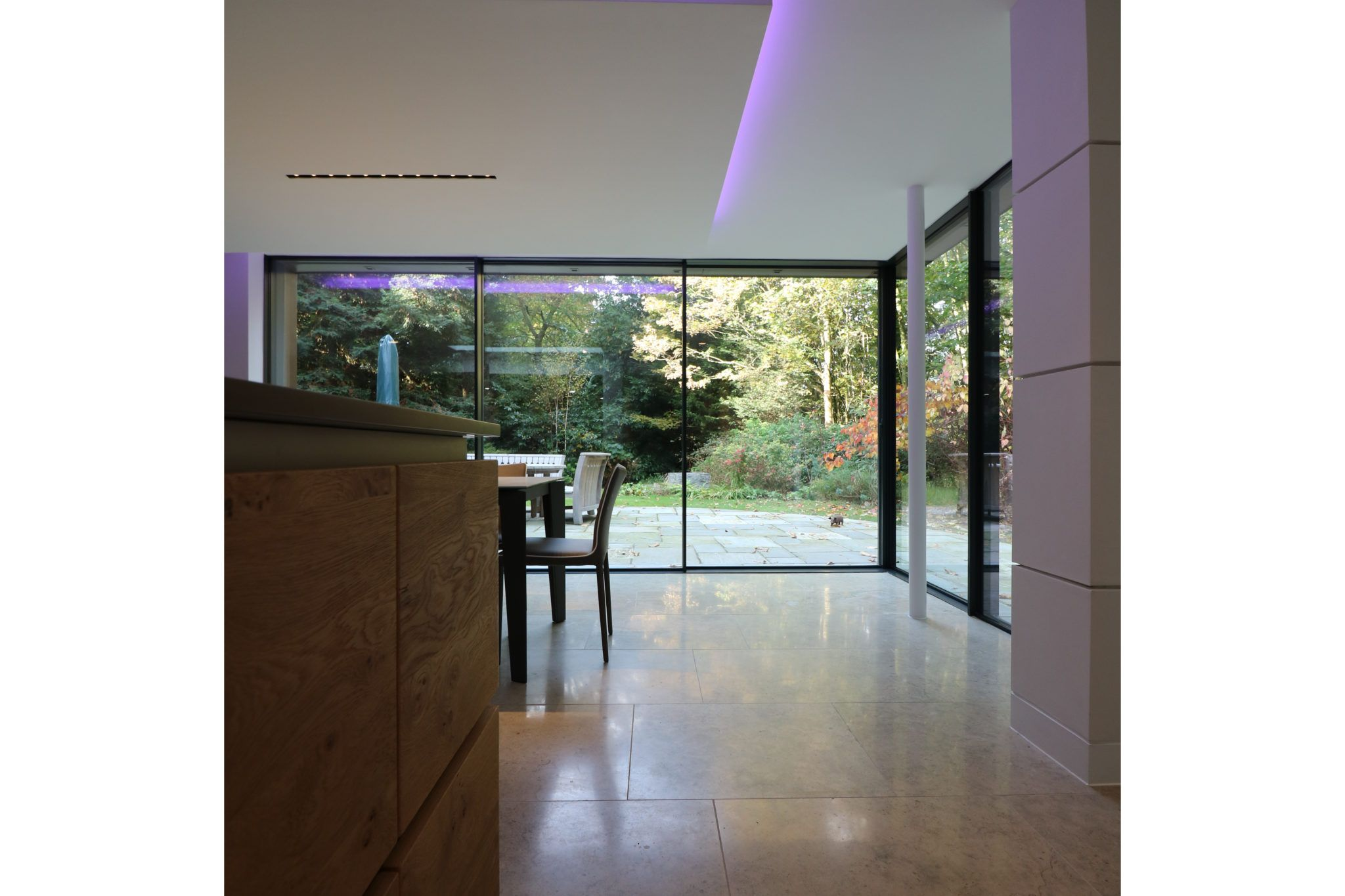 These Minimal Windows Sliding Glass Doors Create A Great Indoor Outdoor