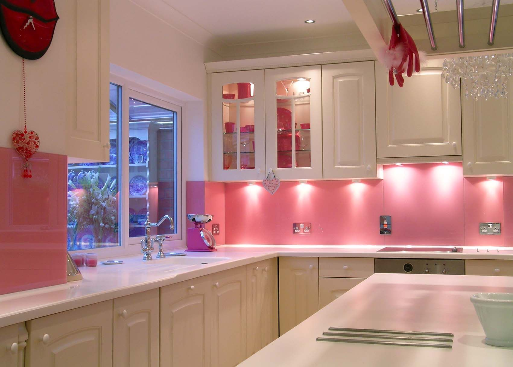 Astounding Pinke Küche Galerie Von Pink Kitchen Splashbacks #kbhome