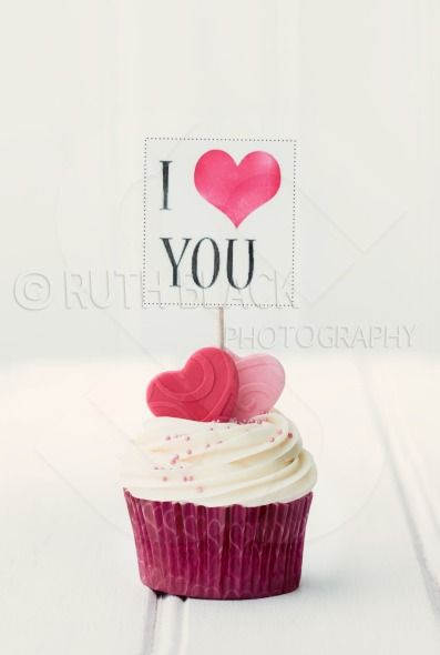 I Love You cupcake for Valentines Day - by Ruth Black ...