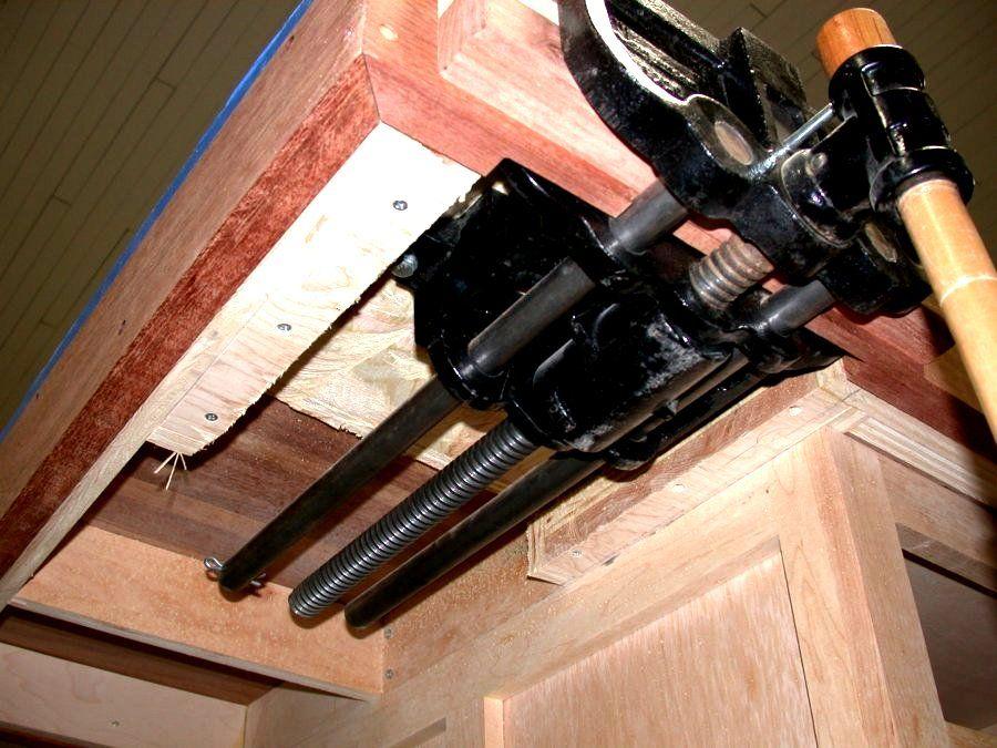 woodforworkbenchcaptopandvicedesign.jpg (900×675