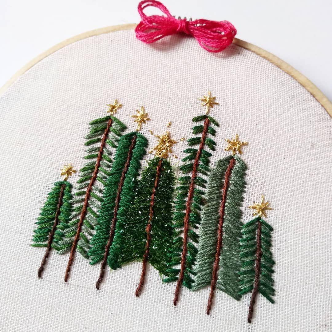 Christmas Tree Embroidery Hoop Art Inspiration Embroidery Hoop Art Christmas Embroidery Embroidery Hoop
