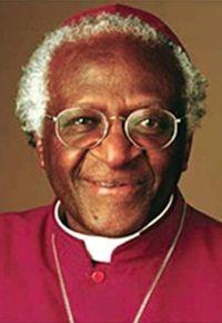 Desmond Tutu. Premio Nobel de la Paz 1984, arcebispo da Igreja Anglicana consagrado com o Prêmio Nobel da Paz por sua luta contra o Apartheid em seu país natal,África do Sul