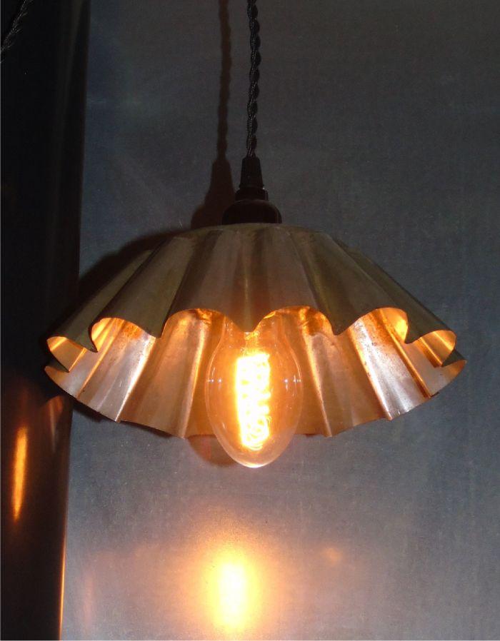 Il y a de la lumière !  Entrez… Meubles ou petit mobilier Sources de lumière Accessoires et décorations