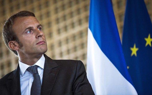 Χωρίς κανένα πρόβλημα εξήλθε η γαλλική κυβέρνηση από την ψηφοφορία της πρότασης μομφής η οποία υπερψηφίστηκε από 234 βουλευτές, αντί των 289