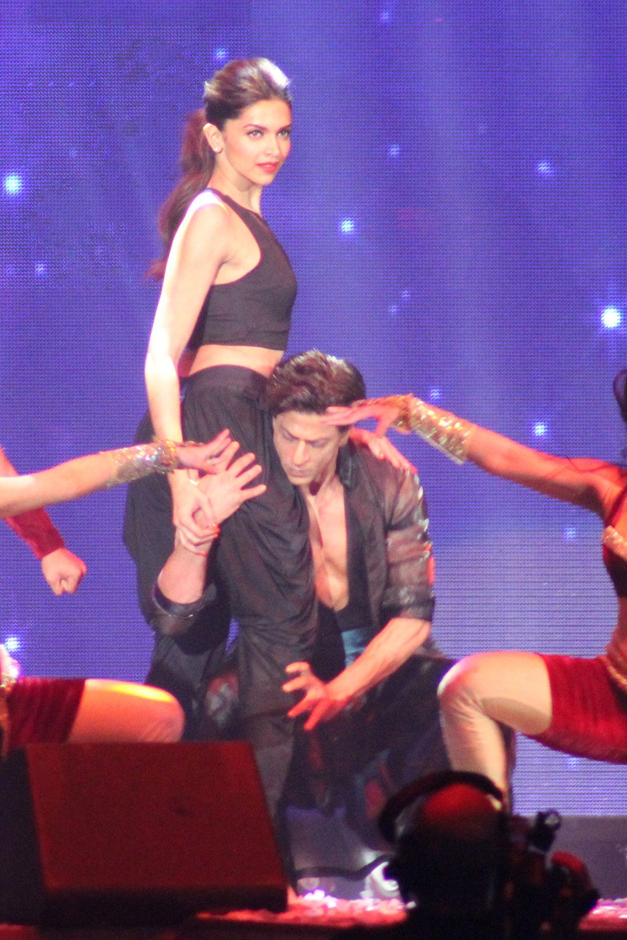 SRK SLAM Chicago Bollywood actors, Indian film actress