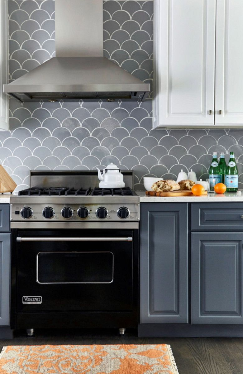 Before & After – Grey Moroccan Fish Scale Backsplash