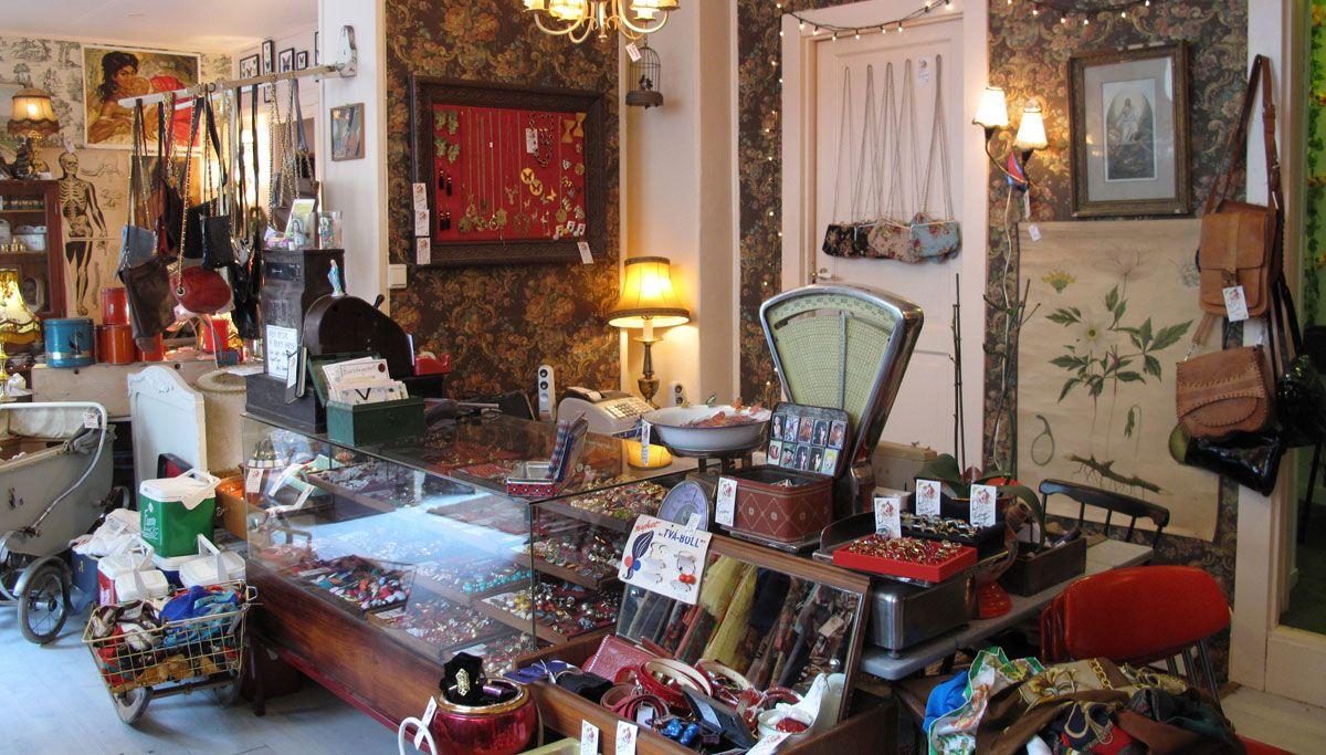 Second Hand Hledat Googlem Vintage Pinterest Retail Design. Used Furniture  Shops ...
