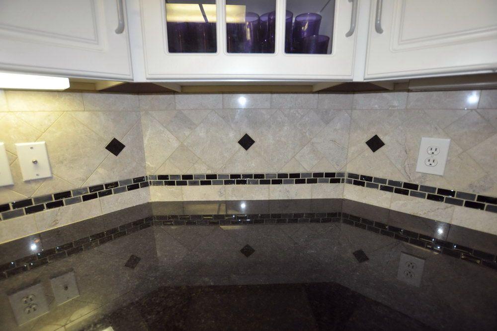Pin by Karen Christman on Kitchen Design | Kitchen ... on Backsplash Ideas For Black Granite Countertops  id=99749