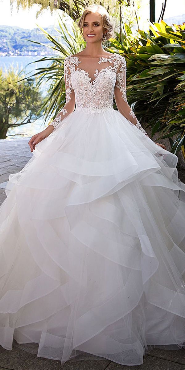 [246.00] Fantastic Tulle Bateau Neckline Ball Gown Wedding Dress With Beaded Lace Appliques & Ruffles - magbridal.com.cn