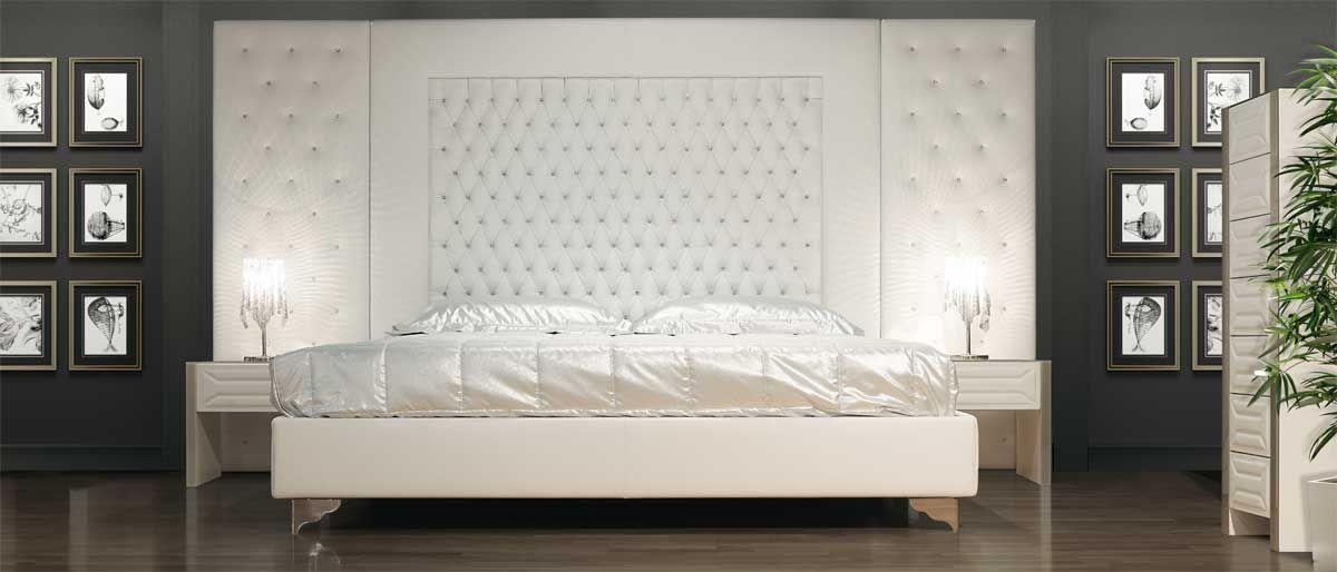 Cama tapizada doble de tela con cabecera alta THEATRE Colección ...