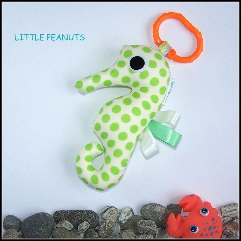 Seahorse+-+Dotty+Lime