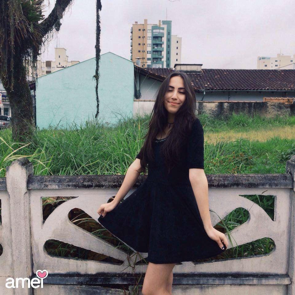 Vestido rodado de veludo ✨ um amor de vestido... #lojaamei #vestido #rodado #preto #veludo #lindo