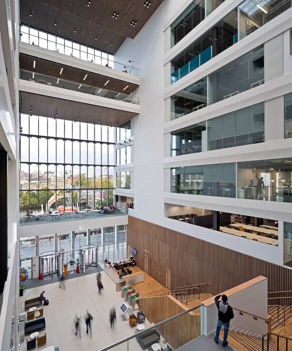 City Of Glasgow College Riverside Campus By Reiach And Hall Michael Laird Architects