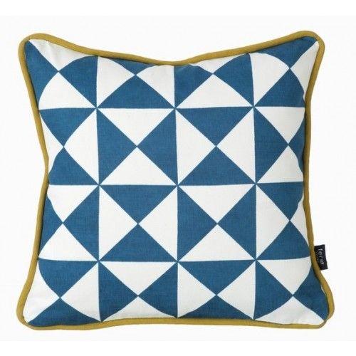 Cuscini 30x30.Little Geometry Cuscino Blu Ferm 30x30 Geometric Cushions Throw