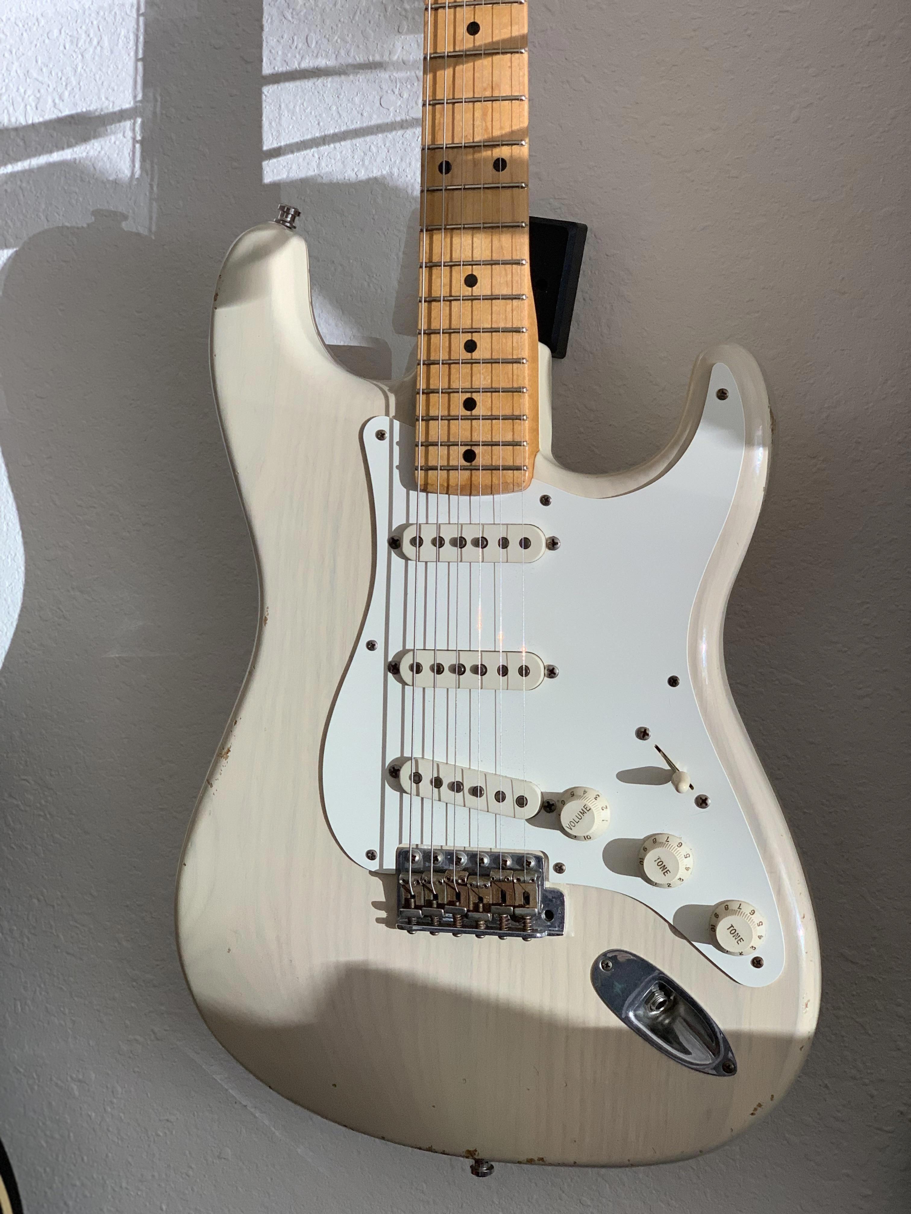 16 Premium Fender Guitar Gifts For Men Fender Guitars T Shirt #guitarteacher #guitarsolo #fenderguitars #fenderguitars