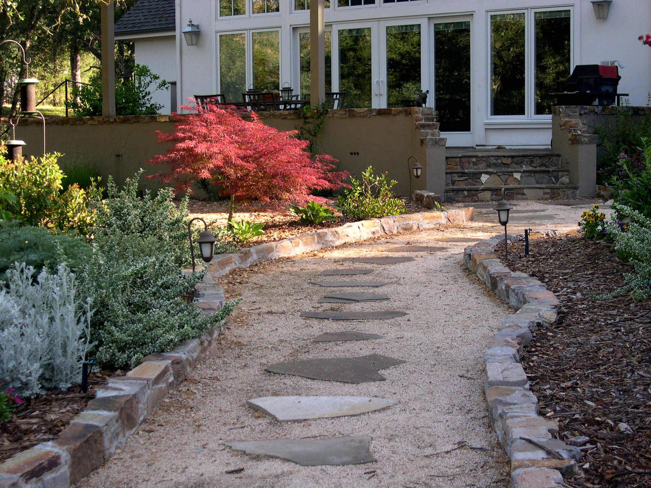 Blue Stone and Decomposed Granite Path | WALKWAYS AND ... on Decomposed Granite Backyard Ideas id=96623
